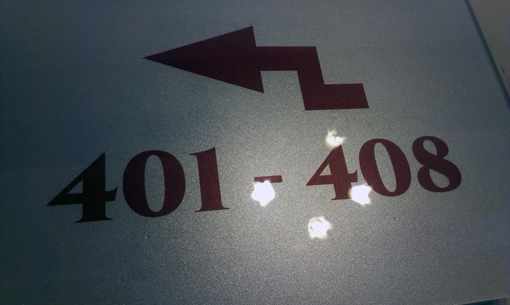 wyklejanie szyldów i tabliczek www.okiart.plIMAG4318